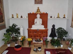 Photo: Buddhova hlavní místnost - main shrine