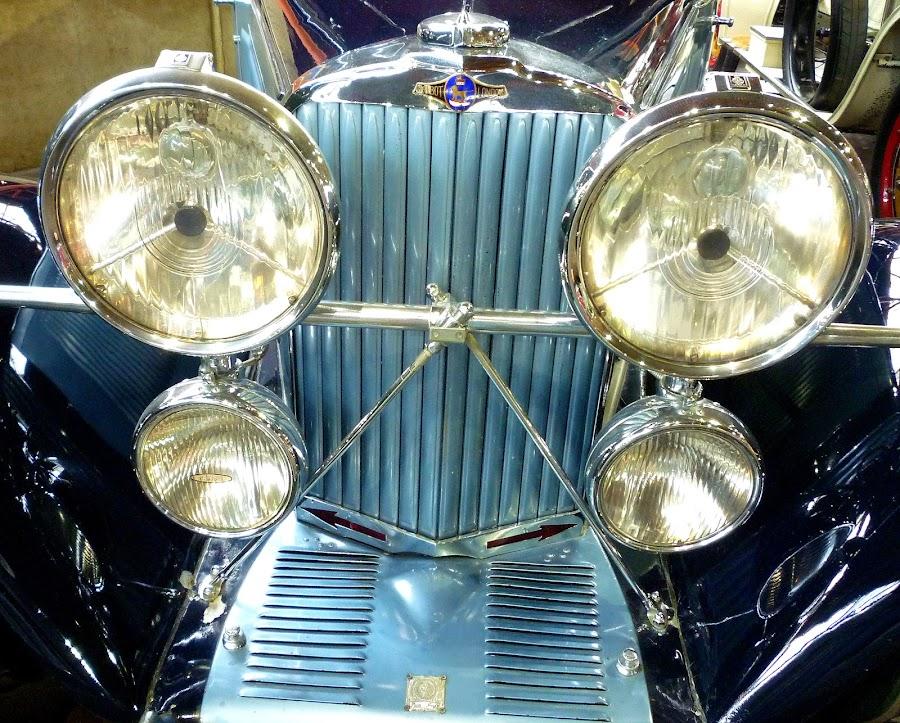 by Di Elderton - Transportation Automobiles