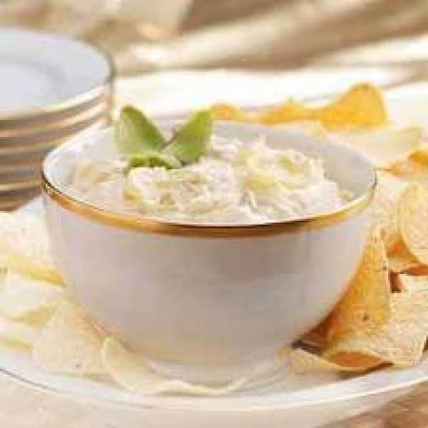 Serve This Dip With Wheat Thins. It's Delicious!
