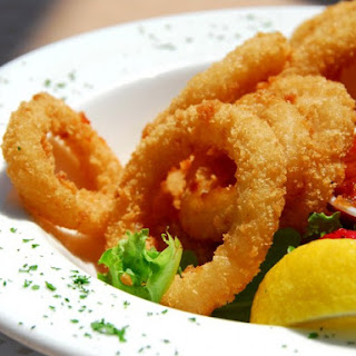 Deep Fried Squid Rings (Calamari).