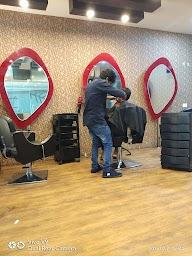 Q Professional Hair And Beauty Studio photo 4