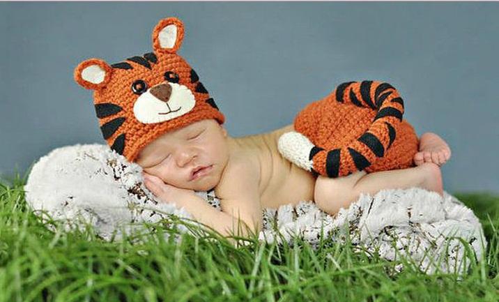 Ubranka dla niemowląt do sesji zdjęciowych: Jak się ubrać noworodka?Jak samemu zrobić sesję zdjęciową noworodkową w domu? 11