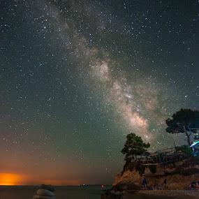 Milky on the rocks by Grigoris Koulouriotis - Landscapes Starscapes ( stars, astrophotography, beach, milky way,  )