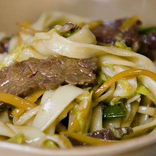 Easy Beef Lo Mein.