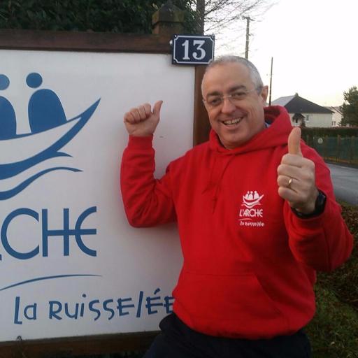 Yann Convert court au cross Ouest France pour soutenir L'Arche La Ruisselée !