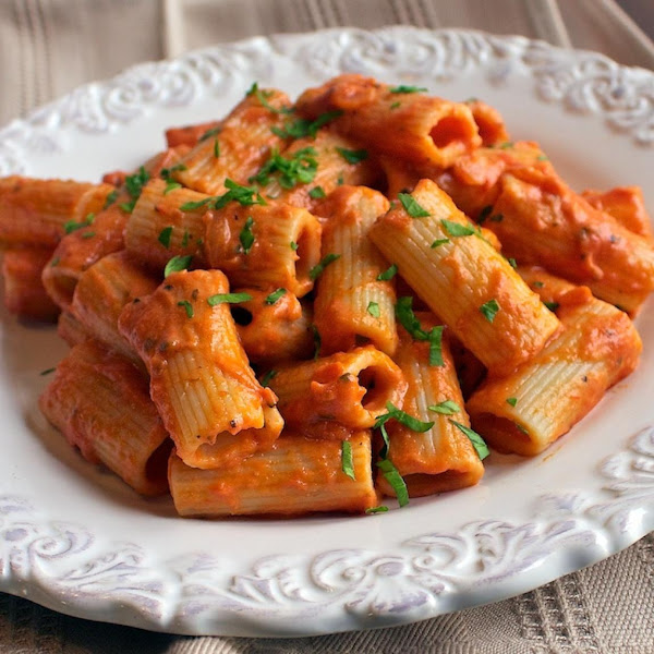 Doc's Tomato Cream Sauce With Penne Pasta Recipe