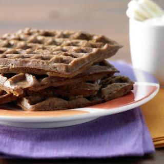 Chocolate Waffles with Banana Yogurt