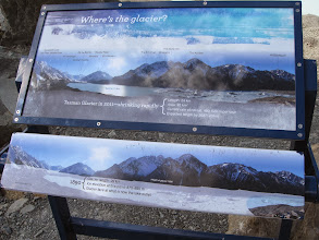 Photo: A display illustrating the retreat of the glacier. The lake is new, formed after the glacier retreated. In the 1970's there were several small melt ponds, but by the 90's they'd merged into a single lake.