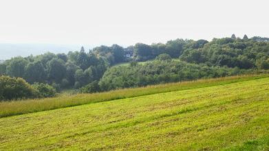 Photo: Der Westzweig des Kuhlebachtals oberhalb der Kleingartenanlage am Krebsberg, aufgenommen von einem Hochspannungsmasten aus.
