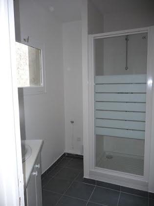 Location studio 54 m2