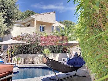 villa à Castelnau-le-Lez (34)