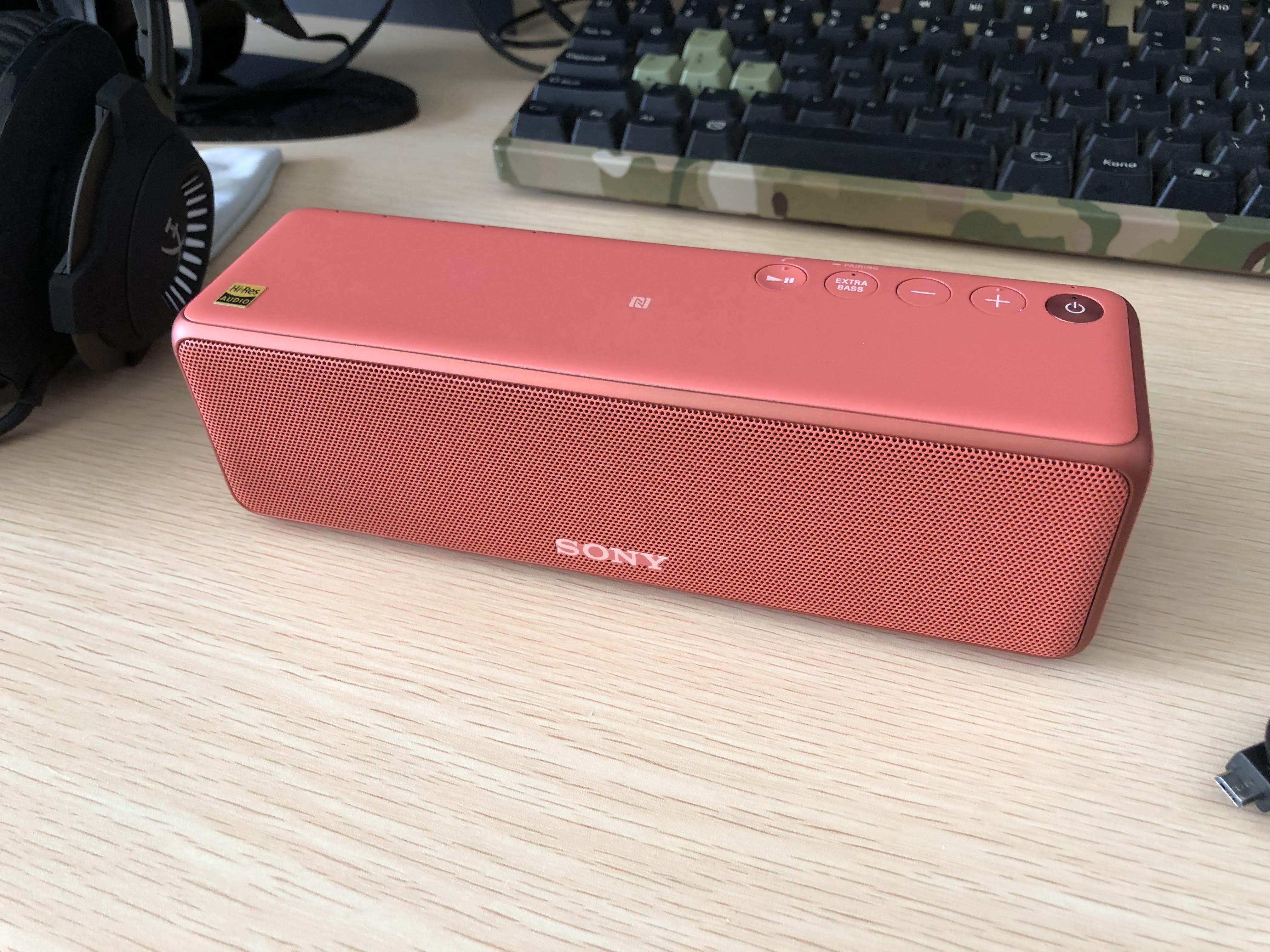 SONY ワイヤレスポータブルスピーカー SRS-HG10 R を買った