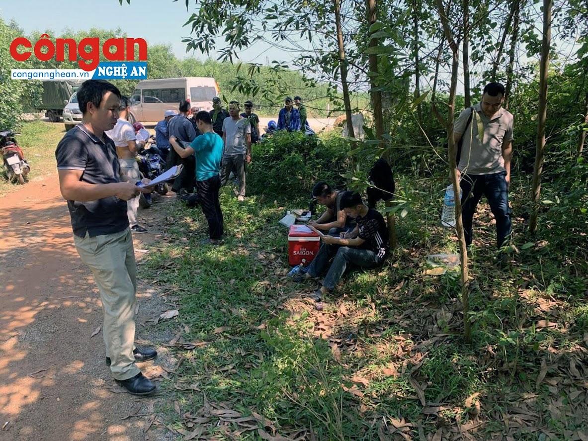 Khu vực rừng tràm thuộc thôn Việt Xô, xã Trường Thủy, huyện Lệ Thủy, tỉnh Quảng Bình nơi các đối tượng vận chuyển thuốc nổ