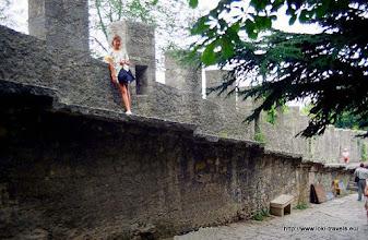 Photo: 26 juli. San Marino. Stadsmuur.