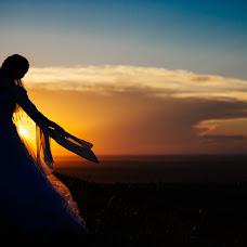Wedding photographer Vitaliy Gololobov (avis212). Photo of 22.07.2014