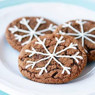 Ginger Crinkle Snowflake Christmas Cookies.