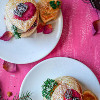 Raspberry Crème Fraîche & Cookies Puffs | VIDEO
