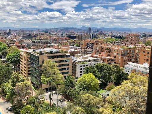 Apartamento en Arriendo/venta - Bogota, La Cabrera 642-4431