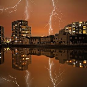 Energetic night by Hiro Ytwo - City,  Street & Park  Vistas ( building, reflection, lighting, night, city )