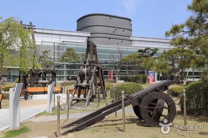 Eksplorasi Budaya dan Sejarah Kerajaan Korea di Kota Suwon