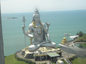 Photo: Statue of Shiva, Murudeshwara Temple