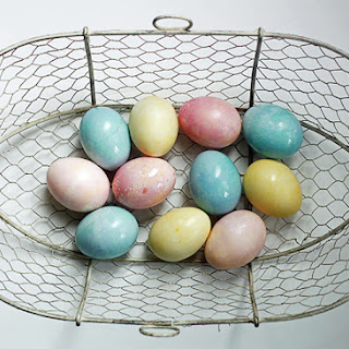 Natural Vegetable-Dyed Easter Eggs