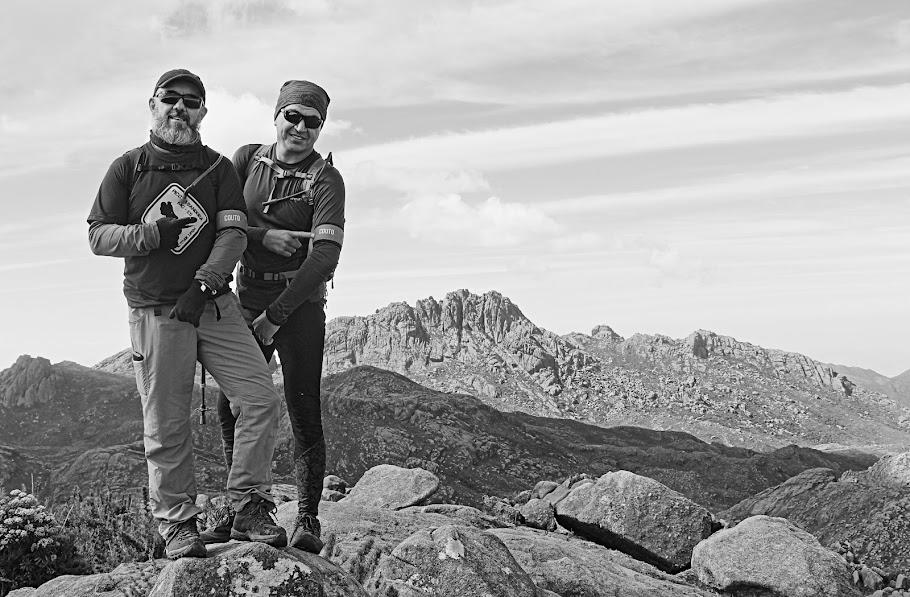 Morro do Couto, 2680 m, oitava maior elevação rochosa do Brasil. Parque Nacional do Itatiaia. Rio de Janeiro, Brasil. Jean Marie Polli e Jean Felipe Lopes. 2018