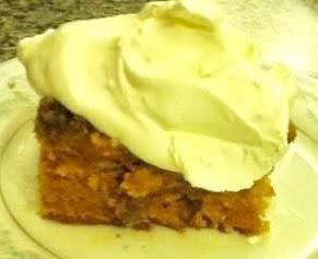 Easy moist Pumpkin cake with Pecan streusel