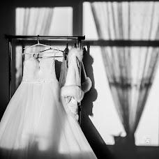 Wedding photographer Elena Lazhnevskaya (lenakalazhnevsk). Photo of 12.11.2014