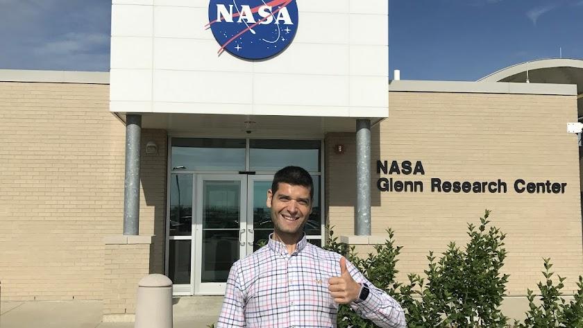 Ramón González en la NASA.