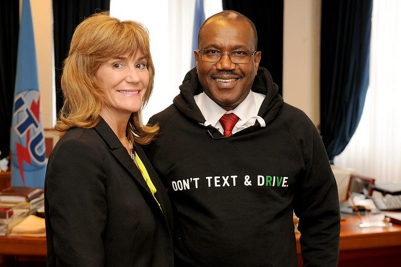 Photo: ITU Secretary-General, Hamadoun Touré, showing his support for the Don't Text and Drive campaign with Lori Hunt, Trauma Prevention Coordinator at Parkview Health. Source: ITU/R. Farrell — at ITU.