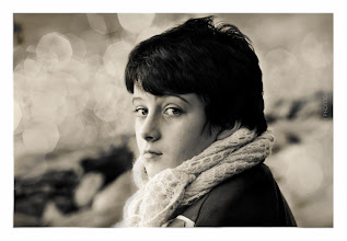 Photo: memories are sweet when they are near us  #PortraitTuesday +Laura Balc