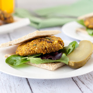 "Vegan Cinnamon Curry Quinoa Burgers with Gluten-free Burger ""Buns"""