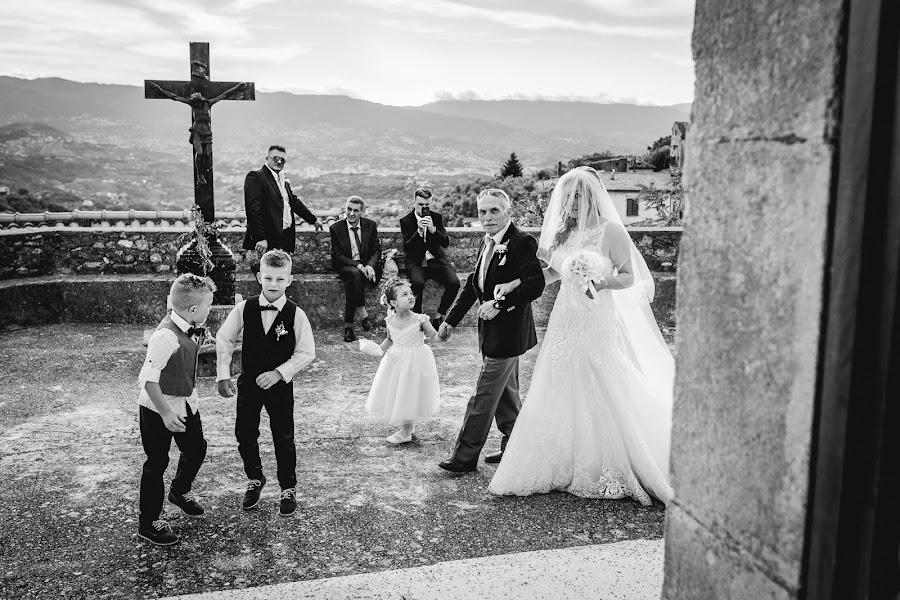 Fotografo di matrimoni Mario Iazzolino (marioiazzolino). Foto del 18.08.2019