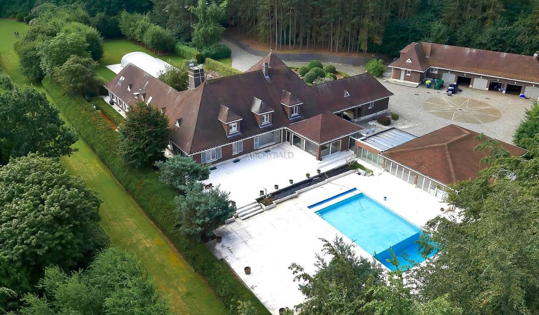Propriété avec piscine et jardin Grez-Doiceau