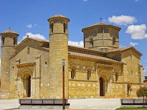 Photo: Fromista-  Iglesia San Martin ( consacrée en 1086, restaurée en 1896)