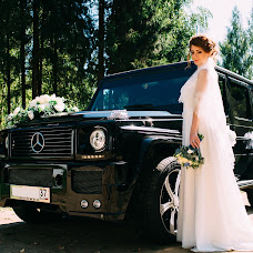 Wedding photographer Dmitriy Leshukov (DeMgA). Photo of 13.09.2017