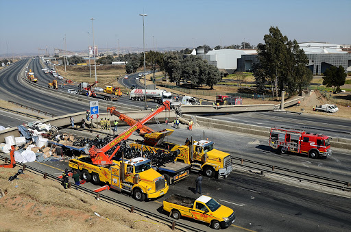 Truck driver relives horror N3 bridge crash