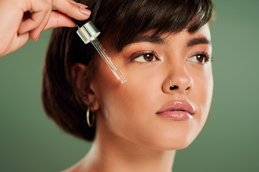 How To Layer Serums, According To Celebrity Facialists