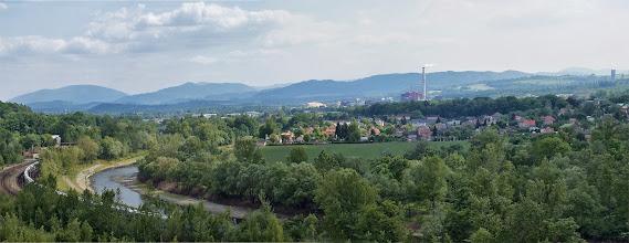 Photo: Výhled na Beskydy z paskovské haldy nad cyklotrasou č. 59 mezi Vratimovem a Paskovem.