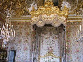 Photo: The Queen's bedroom