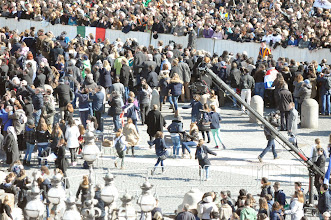Photo: After the Holy Father passed you see people running to get a view of him from another angle.