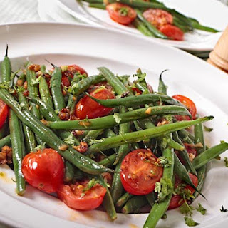 Garden Fresh Neapolitan Green Beans with Garlic and Red Pepper Recipe