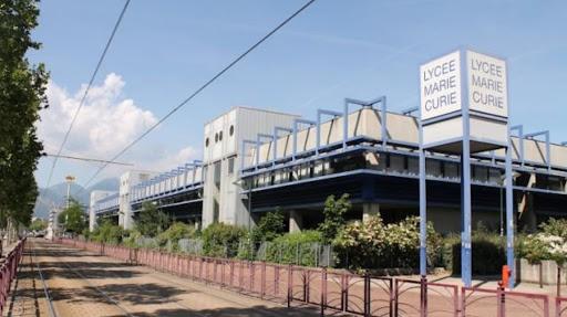 Lycée Marie Curie à Echirolles