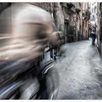 Uomo in bicicletta di