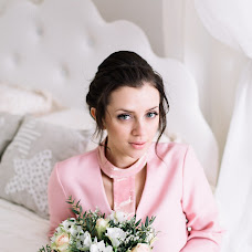 Wedding photographer Yulya Emelyanova (julee). Photo of 20.02.2018
