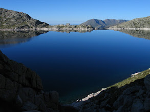 Photo: Vall Fosca:  estany Colomina i refugi