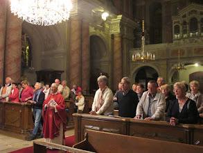 Photo: Rou2C13-151002Sibiu, chant final à la Vierge, groupe, messe église de la Trinité IMG_8942
