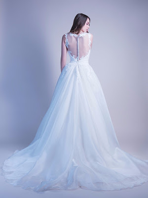 robe-de-mariee-tina-dos-transparent-dos-boutons-robe-de-mariee-organza-et-dentelle
