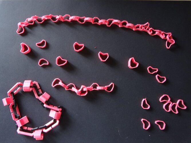 3D модель подвески из сердец или Hearticles